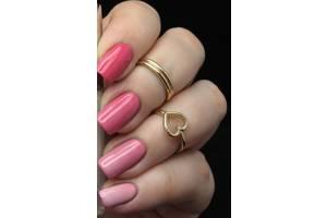 Лаки для нігтів