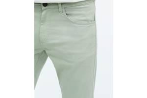 Нові чоловічі брюки Zara