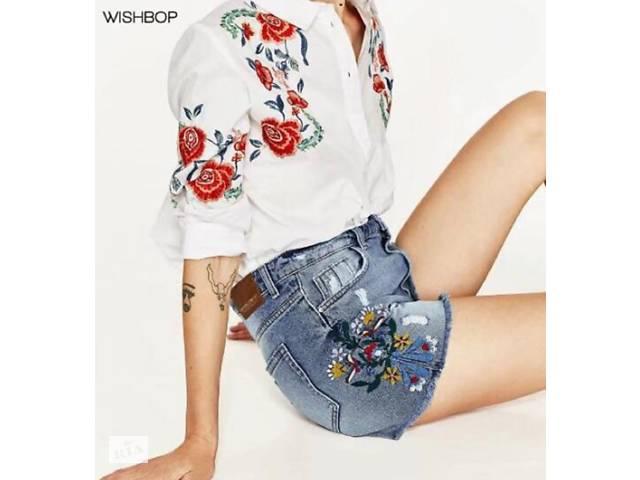 купить бу Рваные женские джинсовые шорты с бахромой и вышитыми цветами. в Виннице