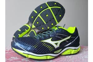 Новые Мужские кроссовки Mizuno