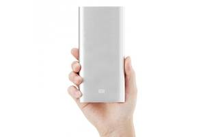 Нові Універсальні мобільні батареї