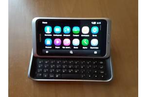 б/у Сенсорные мобильные телефоны Nokia Nokia E7-00 Silver White