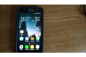 б/в Мобільні на дві СІМ-карти Samsung Samsung Galaxy J5