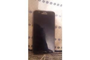 б/в Мобільні на дві СІМ-карти Samsung Samsung Galaxy J7