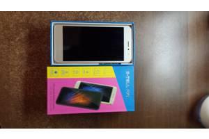 Новые Сенсорные мобильные телефоны S-Tell