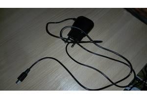 Зарядні пристрої для мобільних Nomi