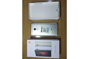 б/у Смартфоны Xiaomi