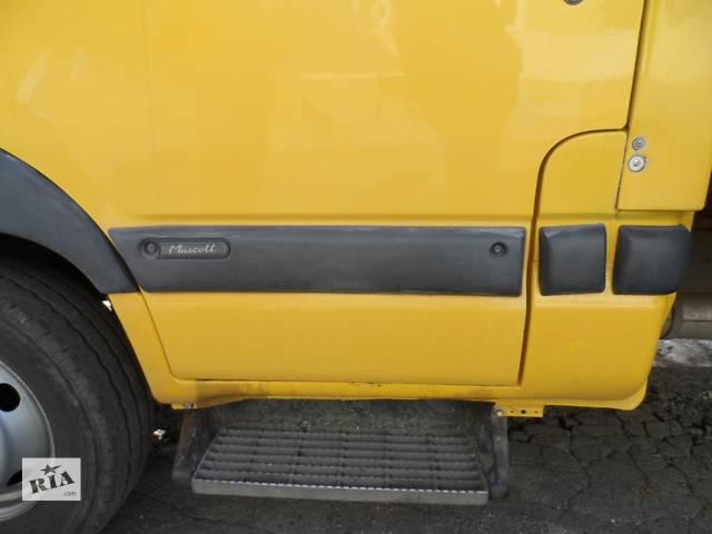 купить бу Молдинг двери (листва) Рено Маскотт Renault Mascott 2.8 dci 1999-2004 в Ровно