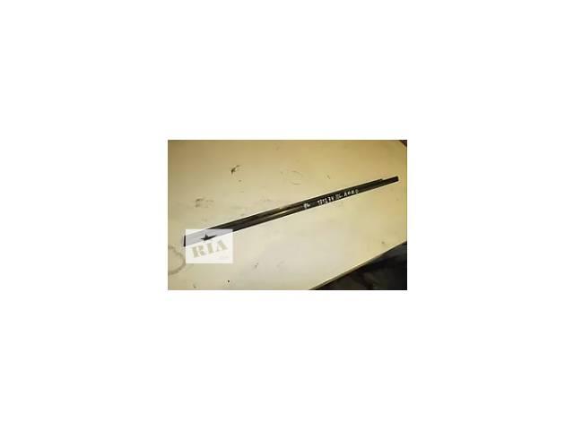 купить бу Молдинг двери наружный для Chevrolet Aveo т200 Б/у молдинг двери для седана в Ивано-Франковске