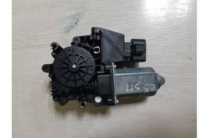 Моторчик стеклоподъемника задней правой двери Audi A6 C5 4B0959802