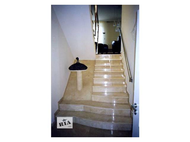 купить бу Мраморные ступени, облицовка лестниц мрамором в Умани