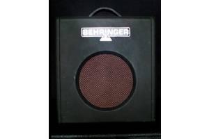 б/у Бас гитарные усилители Behringer