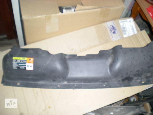 купить бу Накладка передней панели для легкового авто Ford Focus 2009 в Запорожье