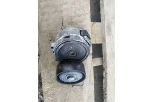 Натяжитель приводного ремня с роликом 2,2 CRDI Land Rover Evoque 12-