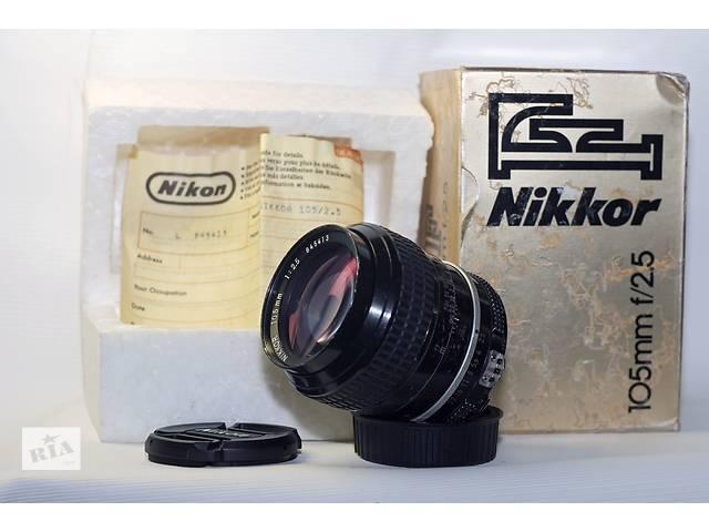 купить бу Nikon Nikkor 105mm f/2.5 AI в Новограде-Волынском