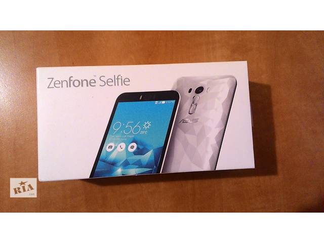 бу Новый Asus ZenFone Selfie 16GB (ZD551KL) Diamond White в Киеве