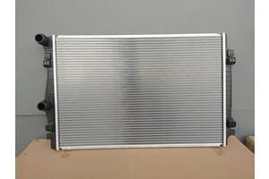 Новый радиатор основной /радиатор воды Seat Leon  -  // 5Q0121251EQ // 5Q0121251ES // 5Q0121251GL //
