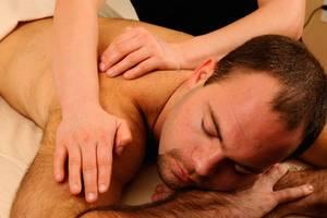 Общий оздоровительный массаж, ТОК-СЕН, гавайский ломи-ломи, тайский Sabai, горячий бамбук