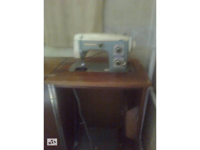 купить бу Продам швейну машинку Верітас б/у в Запоріжжі
