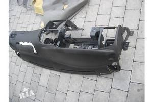 Панели передние Chevrolet Evanda
