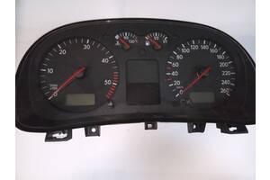 Панель приборів Golf 4 1J0920826C Vag VW Golf  IV 1997-2006 | 1 J0920 826C | Vag