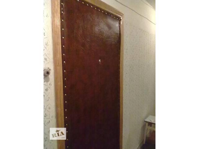 продам Перетяжка дверей кожзаменителем ,врезка замка бу в Киеве