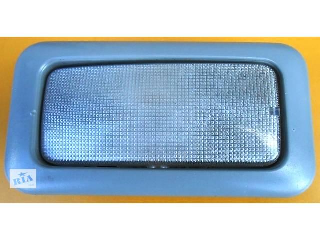 Плафон, фонарь в салон 8200425660 Renault Trafic Рено Трафик Opel Vivaro Опель Виваро Nissan Primastar- объявление о продаже  в Ровно