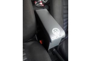 Подлокотник Volkswagen Golf
