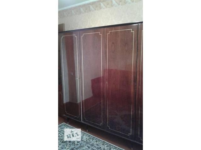 купить бу Продам четырехстворчатый шкаф+ трельяж в Виннице