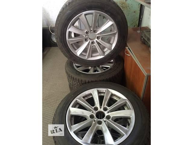 купить бу Продам комплект резины c дисками 5 колес в сборе Dunlop 225/55/R17 в Одессе