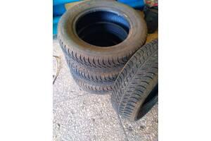 Продам шины зимние 195/65 R15 SAVA
