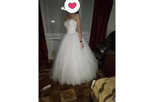 247bba534dd581 Весільні сукні недорого - купити сукню на весілля бу в ...