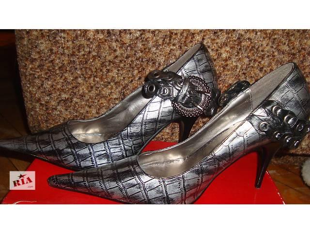 Продам женские туфли- объявление о продаже  в Киеве