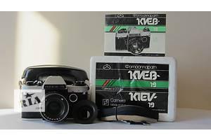 Нові Дзеркальні фотоапарати