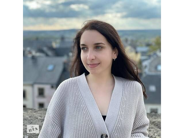 бу Репетитор английского / испанского языков  в Одессе