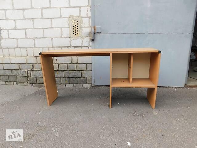 купить бу Стол письменный и стулья офисные  в Украине