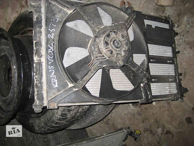 бу  Радиатор для легкового авто Chrysler Voyager в Львове