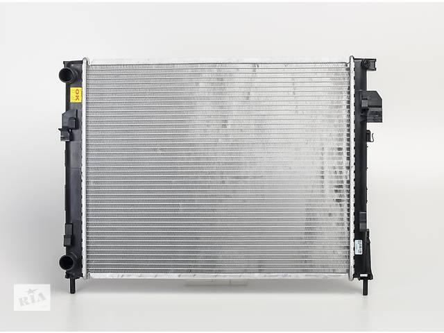 продам Радиатор охлаждения Renault Trafic Opel Vivaro бу в Луцке