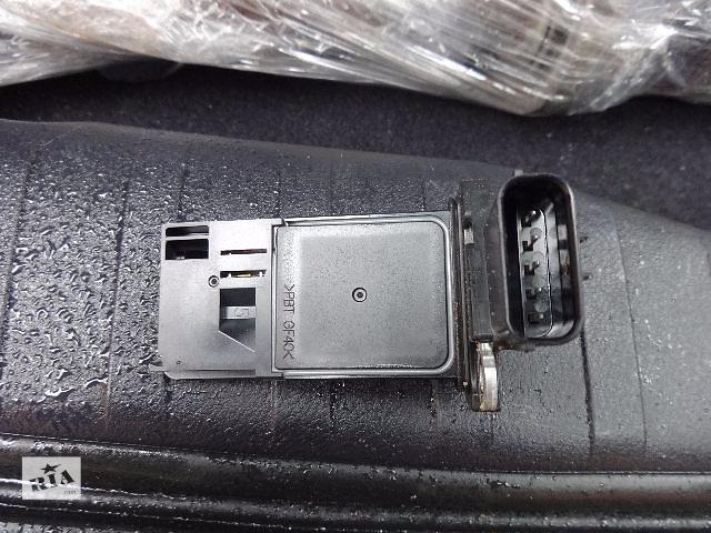 купить бу Расходомер воздуха для Honda CR-V, 2.0i, AFH70M-41B, 8825 в Львове