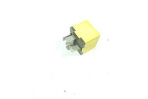 Реле (желтое) Renault Master II 1997-2003 8200051112