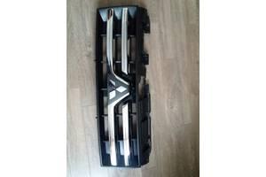 Новые Решётки радиатора Mitsubishi Pajero Wagon
