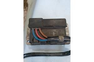 Резистор отопителя Audi A6 c4 4a0820521a