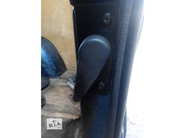 бу Ручка двери задней внутренняя Opel Vivaro Опель Виваро Renault Trafic Рено Трафик Nissan Primastar в Ровно