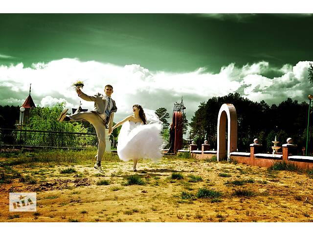 Фотограф, видеооператор на свадьбу. Фото-відеозйомка весілля- объявление о продаже  в Рівному