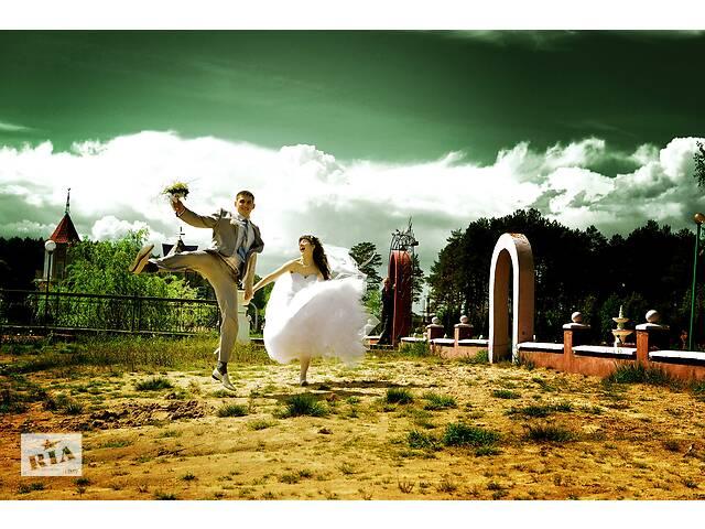 купить бу Профессиональный фотограф, видеограф. Фото-видео-аєрозйомка свадьбы  в Украине