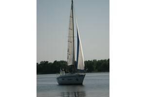 Прогулки на парусной яхте в Горишних Плавнях. Походы, регаты, праздники, отдых на парусной яхте.