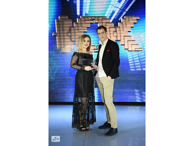 Певица AnnaBelle и певец Орест Масник- объявление о продаже   в Украине