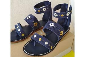 Нові Жіночі сандалі
