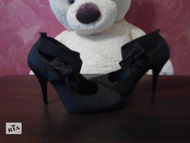 Туфлі на шпильці - Жіноче взуття в Кременчуці на RIA.com 383fd0c04a58f