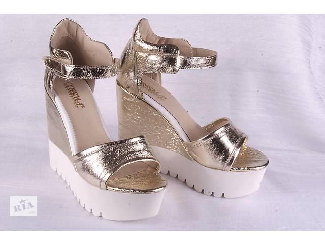 3cb9292aacb95f Жіночі босоніжки на платформі 00113 - Жіноче взуття в Мелітополі на ...